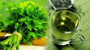 Choosing Parsley in a Store to Fight Arthritis