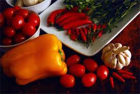Las mejores frutas y verduras para combatir la inflamación de las articulaciones