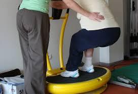 Artrosis de Rodilla y Trabajo: Ejercicios que Puedes Realizar para Sentirte Mejor