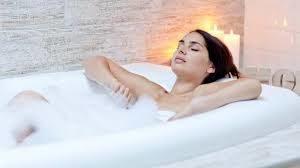 Baños matinales para la artrosis