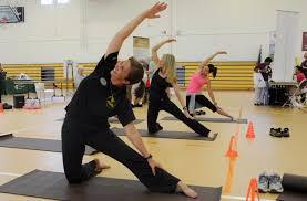 Cómo se Puede Curar la Artrosis con Yoga y de Forma Natural